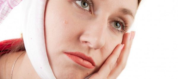 Как успокоить боль зубов в домашних условиях