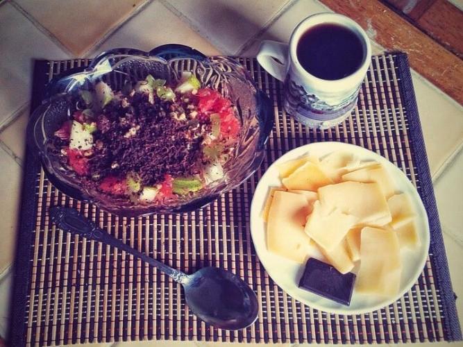 Шоколад, кофе, сыр