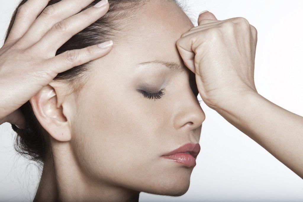 Болит добрая часть головы