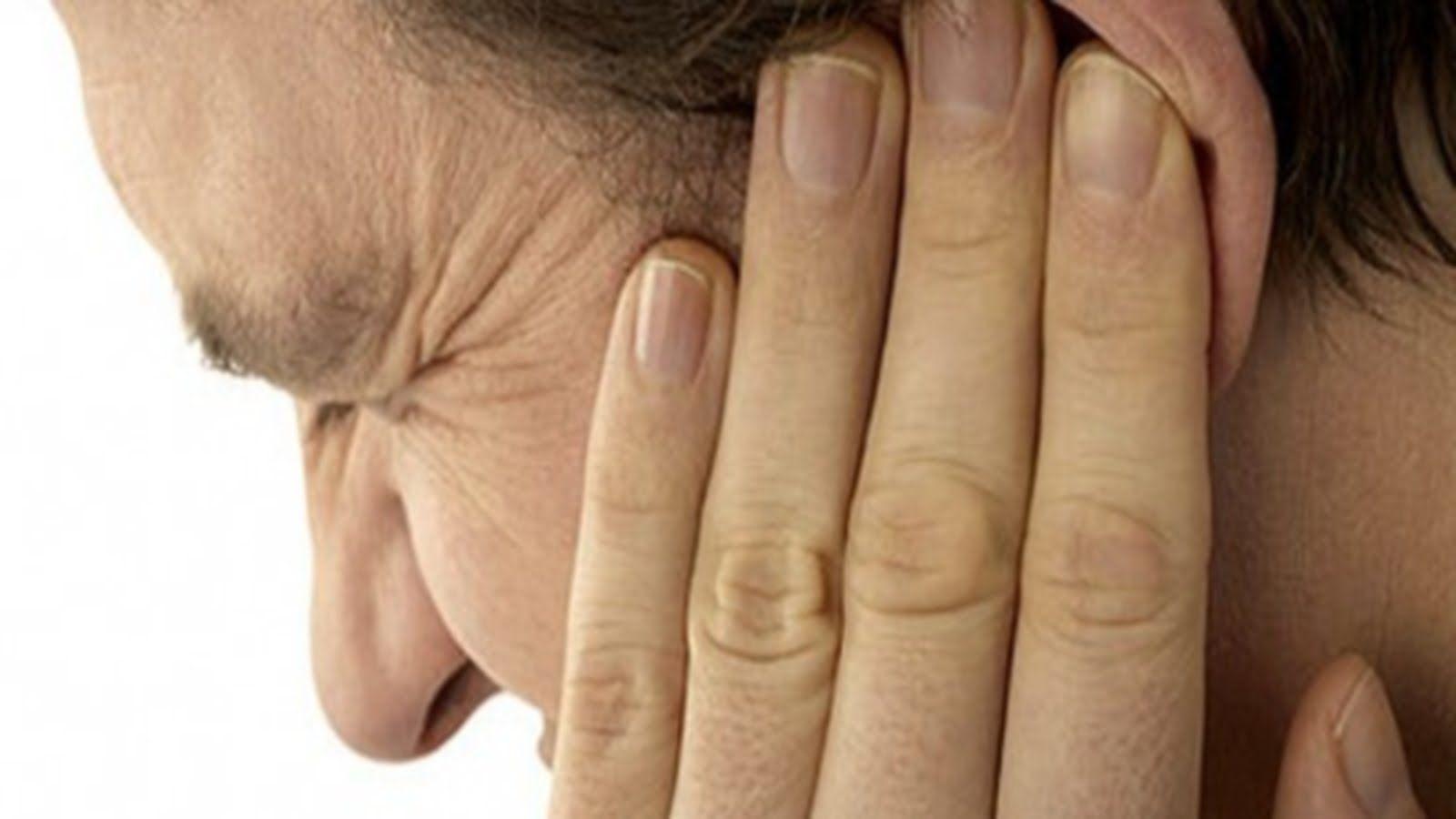 Пародонтит может болеть ухо