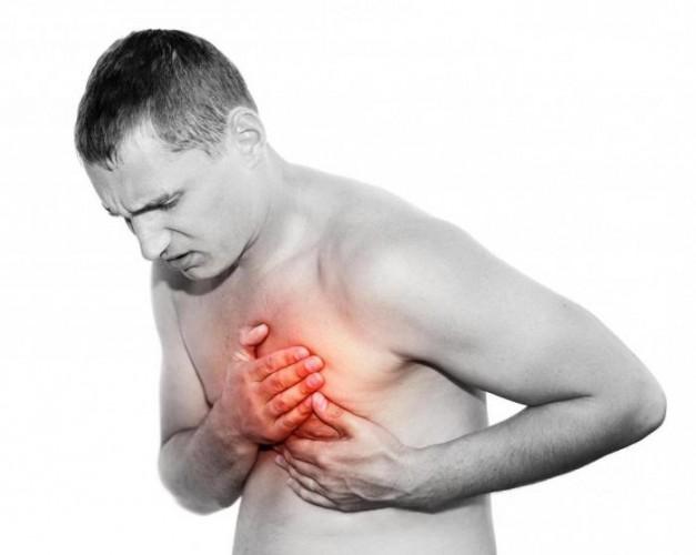 Боль в груди у мужчин
