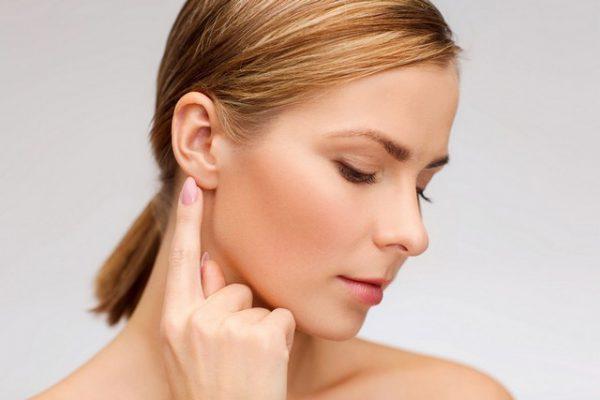Боль в челюсти: причины, если болит при жевании, в верхней, нижней челюсти, отдает в ухо