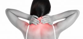 Почему сильно болит шея и как это лечить
